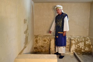 Replica Burial Tomb of Jesus picture 2